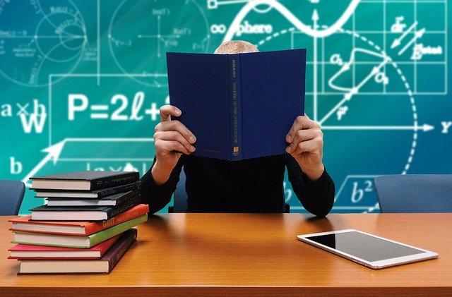 tujuan dan manfaat kuliah